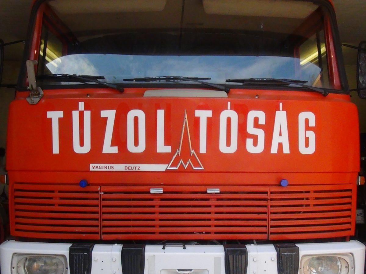 Tűzoltó hír – kiégett egy kisteherautó Balástyán