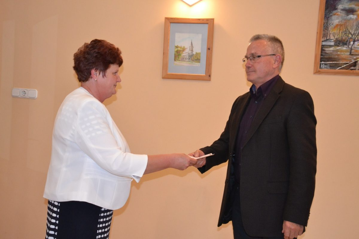 Átvette megbízólevelét Ujvári László polgármester és a képviselők