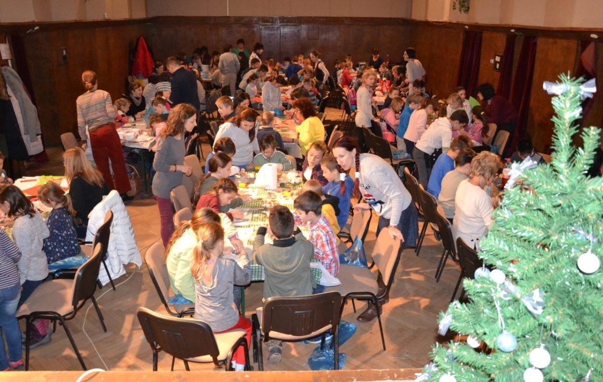 Karácsonyra készültek az általános iskolások