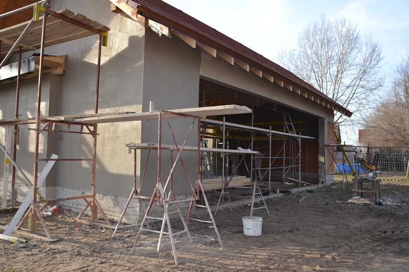 A piaccsarnok építésének befejezése februárra várható